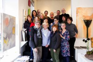 Gruppenbild der Künstler/ innen der Produzenten-Galerie 42